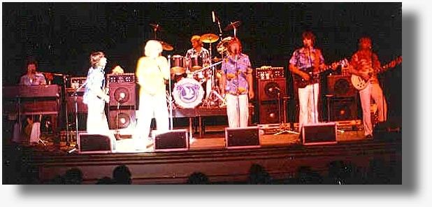 PAPA DOO RUN RUN on stage with Jan & Dean (1976).